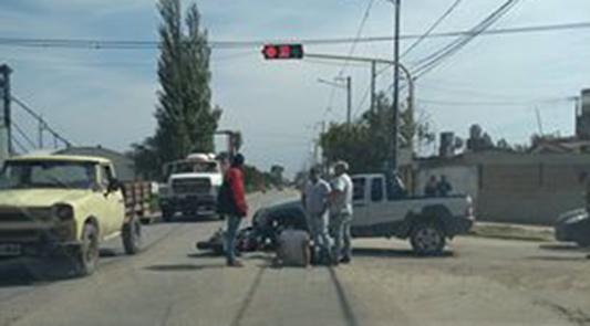 aconcagua y seppey accidente auto moto semaforo