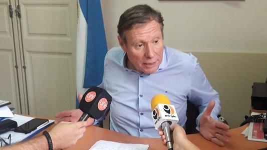 """De Falco defendió """"esfuerzos"""" del municipio frente a incrementos tarifarios nacionales"""