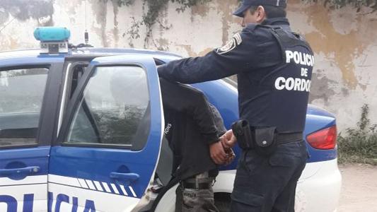 Quedó detenido por no cumplir con la orden de restricción