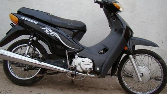 Robaron una moto con importante suma de dinero y documentación