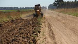 maquinaria-vial-trabajo-camino-rural