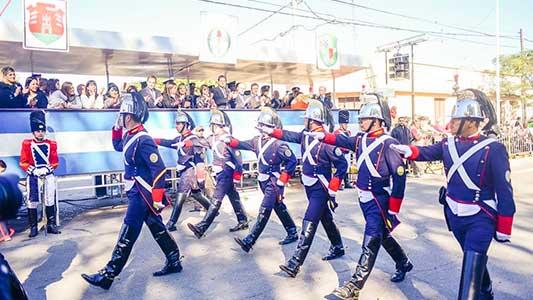 25 de mayo en Villa Nueva: Todo lo que tenés que saber para disfrutar del desfile