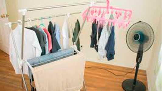 7 estrategias distintas para poder secar la ropa en días de lluvia