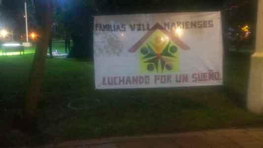 Cruces entre el municipio y el grupo de vecinos que acampan por terrenos