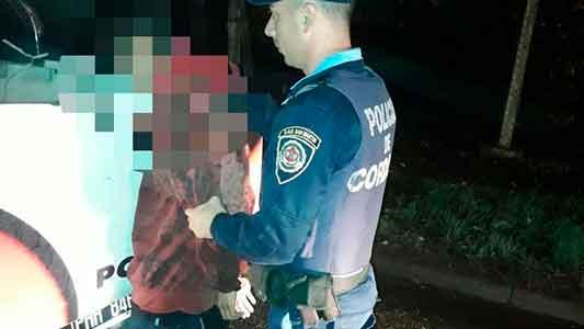 A punta de cuchillo asaltaron una mujer en barrio Las Playas