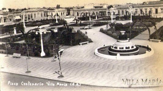 El día que las plazas cambiaron sus nombres: de Plaza Norte a Centenario
