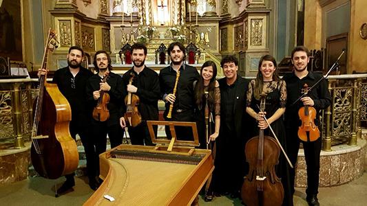 Una noche de ensamble musical con violines y clarinetes en la Usina Cultural