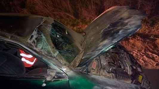Autos dados vuelta: dos accidentes con heridos en caminos de la región