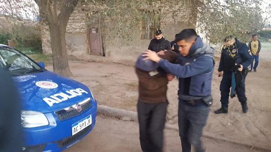 Fue detenido por asaltar a dos mujeres en la vía pública