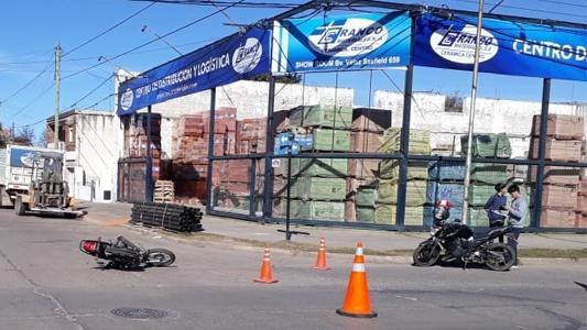 Mismas calles, nuevos accidentes: choque en Vélez Sarsfield y Méjico