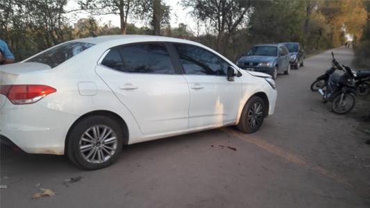 Motociclista fracturado tras colisionar contra un auto en Villa Nueva
