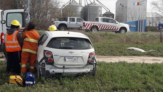 Ausonia: volcó con su auto y terminó en el Hospital