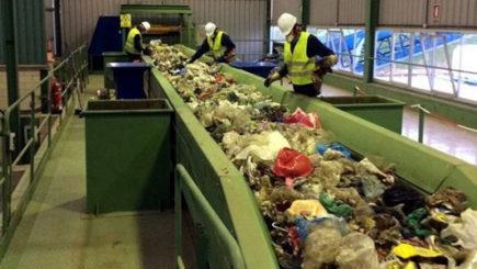 Estudiarán los suelos para instalar un basurero regional que incluye a 27 localidades