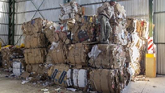 Bell Ville ganó casi $ 9.000 vendiendo cartones y plásticos reciclados