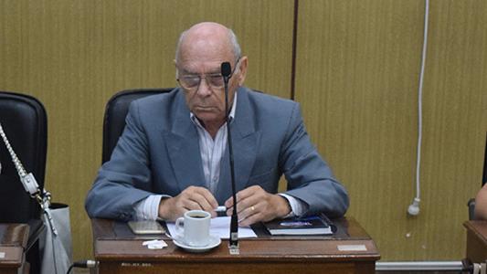 Renunció a su banca el concejal del Pro Omar Coutsiers: ¿Quién asume?