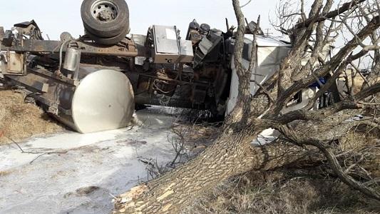 Así quedó el camión de un villamariense accidentado cerca de Río Cuarto
