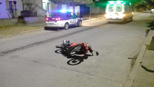 Villa Nueva: automovilista se dió a la fuga y dejó a motociclista con lesiones graves