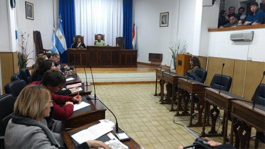 Fábrica Militar: por la situación, hubo Sesión Extraordinaria en el Concejo