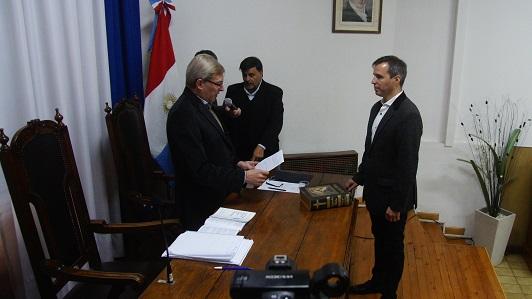 Polack asumió en el Concejo con un proceso judicial aún no resuelto en causa financiera