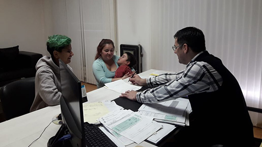 Sufre parálisis cerebral y podrá ser tratado en Salta por un médico cubano