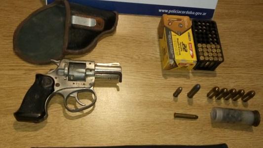 Allanamiento: un detenido por portación ilegal de armas