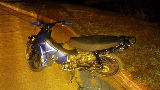 Otro motociclista herido: perdió el control del vehículo y se fracturó un brazo