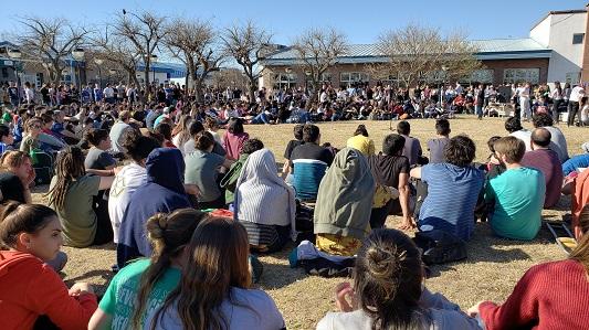 Masiva asamblea rechazó seguir con la toma en la UNVM: habrá otras protestas