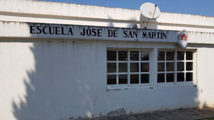 Trabajan para llevar el agua potable a la escuela de Sanabria