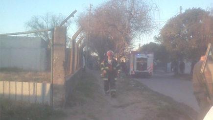 Se incendió un terreno en el que guardaban chasis de acoplados