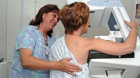 Arroyo Cabral: realizan mamografías gratuitas para prevenir el cáncer de mama