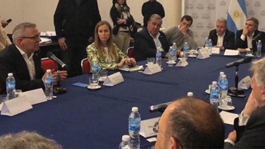 Negretti participó de reunión con diputados por el presupuesto universitario 2019