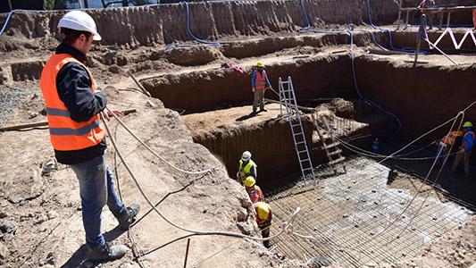 Apuran obras de desagüe para 4 barrios antes que lleguen las lluvias de primavera