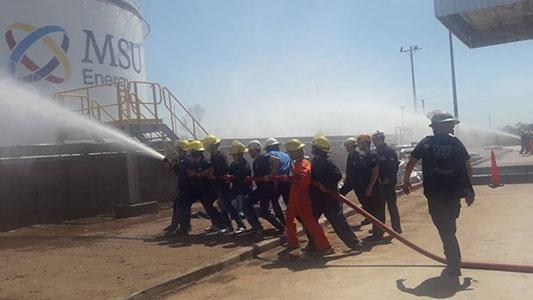 Bomberos se instruyeron ante un posible incendio en la central termoeléctrica