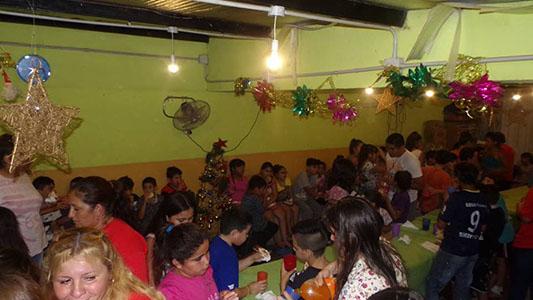 Navidad Solidaria: Caritas Felices pide calzados para regalar a los niños