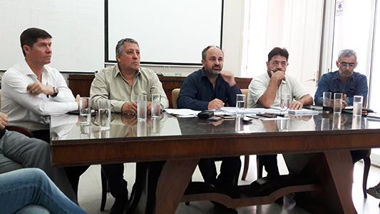 Total rechazo de profesionales al canje del Salón y la Placita Ocampo