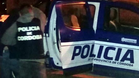 4 adolescentes detenidos a la salida del boliche en Villa Nueva