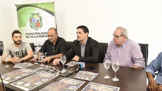Villa Nueva larga la temporada con carrera de Espartanos y parque renovado