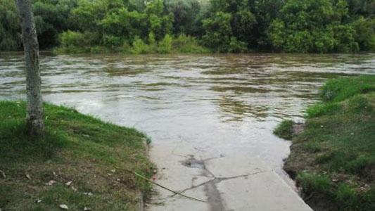 Barrios de la costanera se ponen en alerta por si vienen más lluvias