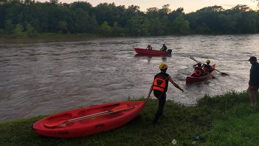 Falsa alarma por 4 personas perdidas en el río: Hacían una travesía en kayak