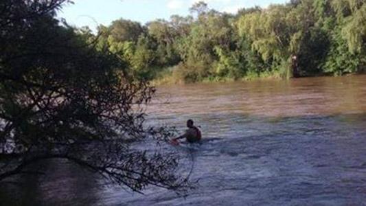 Adolescente sufrió principio de ahogamiento en el río