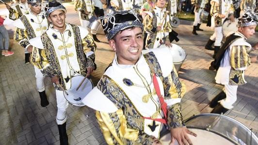Brillaron los Carnavales de Villa Nueva y prometen más para sábado y domingo