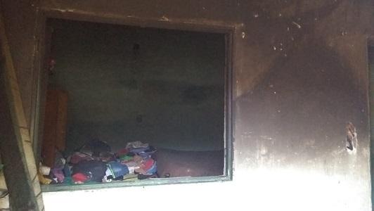 Hombre incinerado: Vecinos alertaron a Bomberos que había alguien entre las llamas