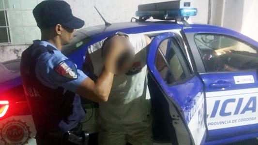 Violento a las trompadas: Le pegó a su pareja en barrio Lamadrid