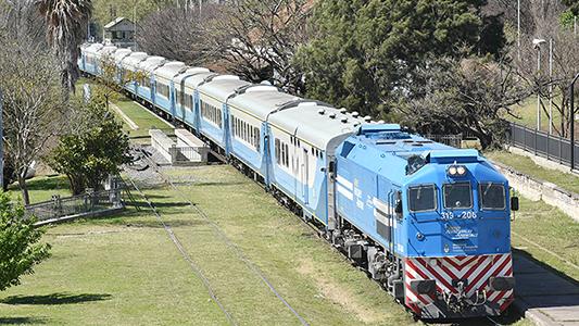 El tren Córdoba – Villa María aumentó en un 59% el caudal de pasajeros