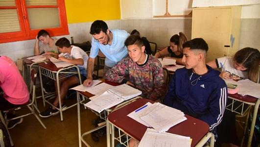 Más de la mitad de estudiantes que fueron a apoyo escolar, aprobaron las materias