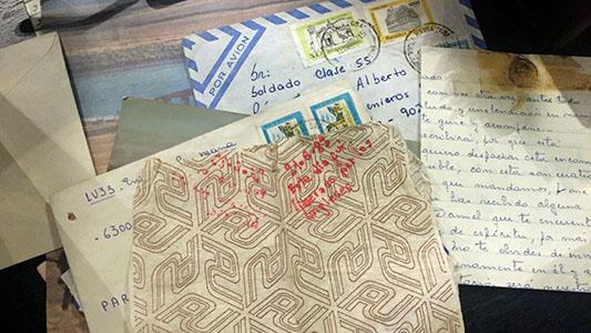 Ex combatiente villamariense busca cartas que faltaron de la vivienda de su madre
