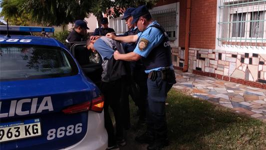 Quiso robar en un polirubro y lo descubrieron: fue detenido mientras intentaba fugarse