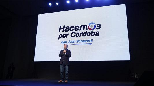 Juan Schiaretti presentó lineamientos de campaña ante 500 candidatos
