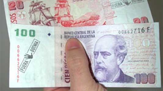 Detenida por comprar con billete falso en barrio Las Playas
