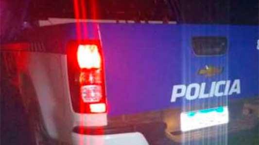 Chocó un patrullero, su pareja lo quiso defender y terminaron los 2 presos